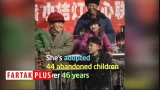 زن نیکوکاری که برای ۴۵ کودک یتیم مادری کرد!