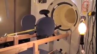 چرا در اتاق MRI بردن لوازم آهنی ممنوع است؟!!