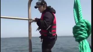 وقتی با هیون جونگ میری ماهیگیری و سرکارت میذاره XD