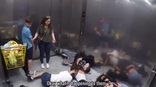دوربین مخفی آسانسور