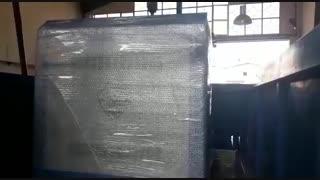 بارگیری دستگاه کارواش بخار جهت صادرات به کشور عمان شهر مسقط