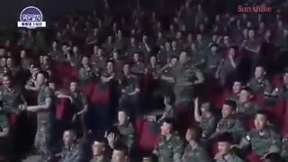 هی گزارشگر :| Key and Minho dancing to Ring Ding Dong in the Military
