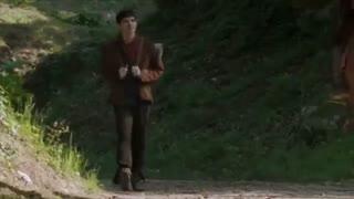 Merlin - Series 1 - Episode 1 - Merlin arrives at Camelot (2008)