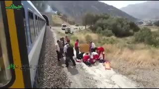 حادثه در ریل قطار رشت به تهران برای یک عکاس