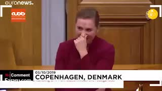 وقتی خنده نفس نخست وزیر دانمارک را بند می آورد