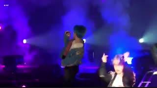 کنسرت BTS در Hong Kong فوکوس روی وی V اجرای آهنگ Dope و Go Go / بی تی اس