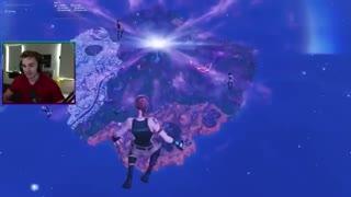 سیاهچاله تو فورتنایت همه مپ بازیو خورد!!!!!