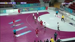 نیمه اول دیدار تیم های ملی هندبال ایران و بحرین در انتخابی المپیک 2020