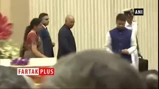 اقدام متواضعانه رئیس جمهور هندوستان در یک مراسم سخنرانی