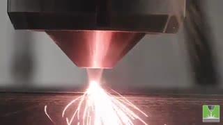 پرینتر سه بعدی فلزی DED چگونه کار میکند؟