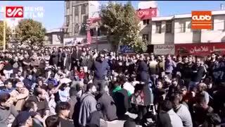 تجمعکنندگان خرمآبادی: شعار اشتباهی و شیشه شکستن نداریم