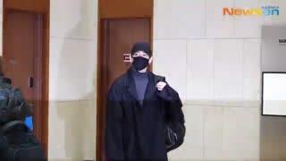[방탄소년단(BTS),_매럭적인_향기를_휘날리며_[NewsenTV