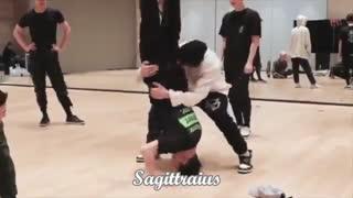 ♥Funny Moment♥ Sagittarius ♥EXO♥Part 2♥