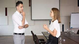 چگونه میتوانیم از طریق گفتوگوی عمیق مهارتهای ارتباطی را در خود تقویت کنیم؟ - رسانه موفقیت یوکن