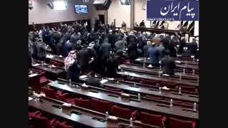 خروجی فوری نیروهای آمریکایی در مجلس عراق به تصویب رسید