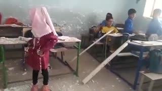 ریزش سقف یک مدرسه در شهرستان میناب