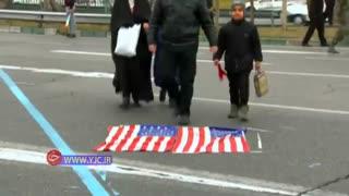 حرکت جالب دختر نونهال با پرچم آمریکا
