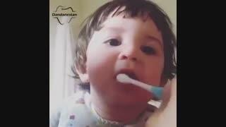مسواک زدن کودکان | دندانستان