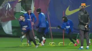 تمرین بارسلونا در هوای طوفانی ; کار هرگز تعطیل نمیشود !