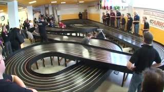 بخشی از فینال مسابقات دیوانه کننده ویز ویز ماشین های اسلات/ایستگاه پرواز