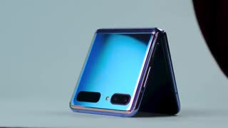 نگاه نزدیک به سامسونگ Galaxy Z Flip