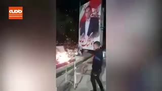 فیلم کاندیدای انتخابات در ایذه کباب زده و به مردم می دهد