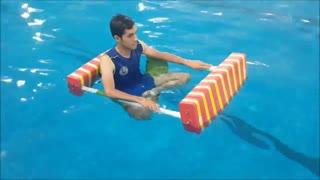 انجام تمرینات تن آرامی با واکر آبی در هیدروجیم