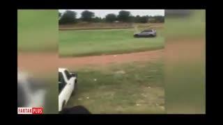 اتفاق عجیب در فوتبال آفریقا/ماشینی که فوتبالیست زیر میگیرد