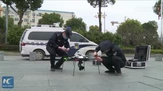 پلیس چین با استفاده از پهپاد، ویروس کرونا را کنترل میکند