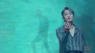 اجرای اهنگ bad dream از اکسو در کنسرت ژاپن